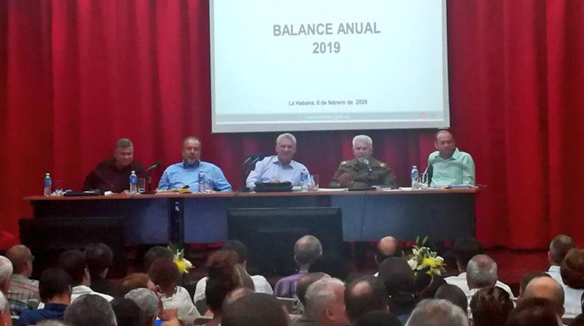Participan Díaz-Canel y Manuel Marrero en Balance Anual del Ministerio de Energía y Minas