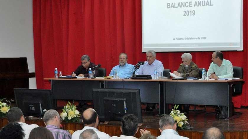 Llama Díaz- Canel a tener en cuenta varias alternativas energéticas
