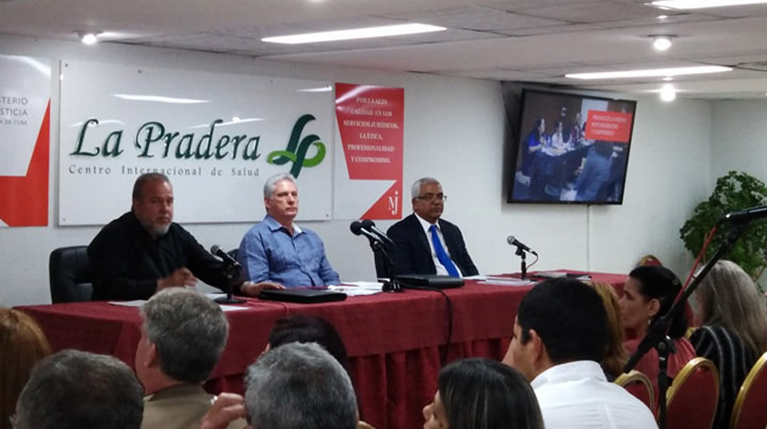 Insta Díaz-Canel a juristas cubanos a mayor protagonismo en nuevo ejercicio legislativo