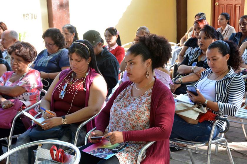 0-10-conferencia-internacional-de-los-pueblos-2.jpg