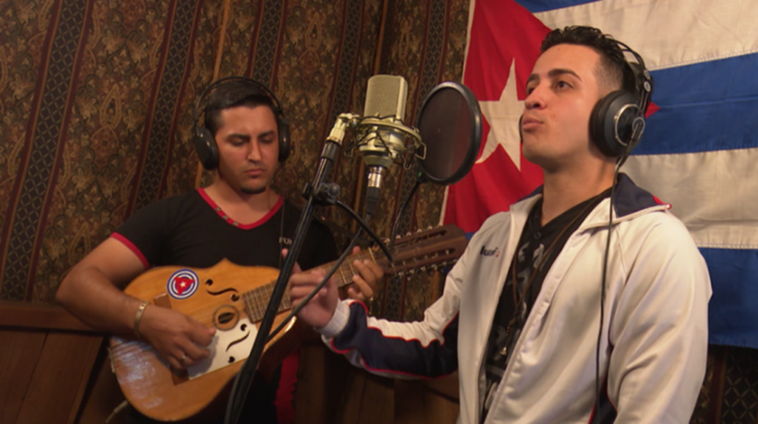Cuban artists dedicate song of hope and resistance against Coronavirus