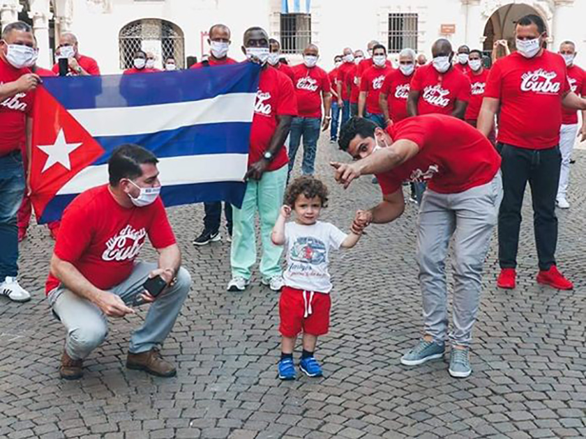 0-24-homenaje-a-brigada-medica-cubana-crema-italia-3.jpg