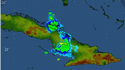 Reportan tormenta local severa con vientos estimados de 92 km/h en Vertientes, Camagüey