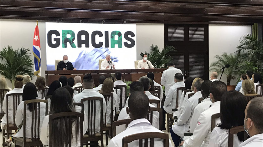 Díaz-Canel receives doctors who collaborated in China and Mexico against Covid-19