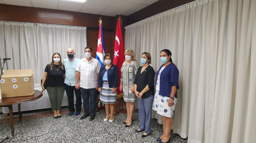 India y Turquía donan a Cuba insumos médicos para enfrentar la Covid-19