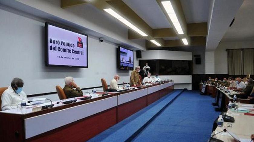 Encabezó Raúl Castro reunión del Buró Político del Comité Central del PCC