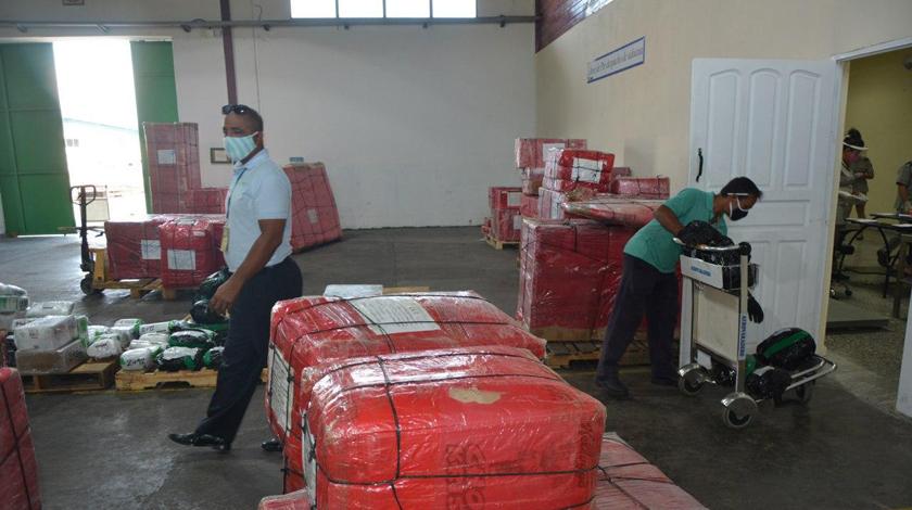 Laboran en Camagüey para agilizar entrega de bultos internacionales