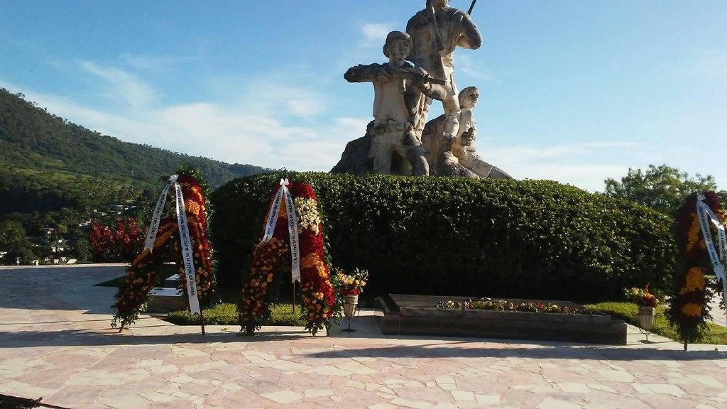 1109-homenaje-almeida1.jpg