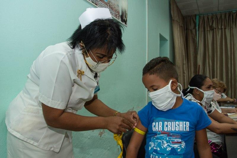 Niños camagüeyanos recuperados de la Covid-19 reciben seguimiento médico