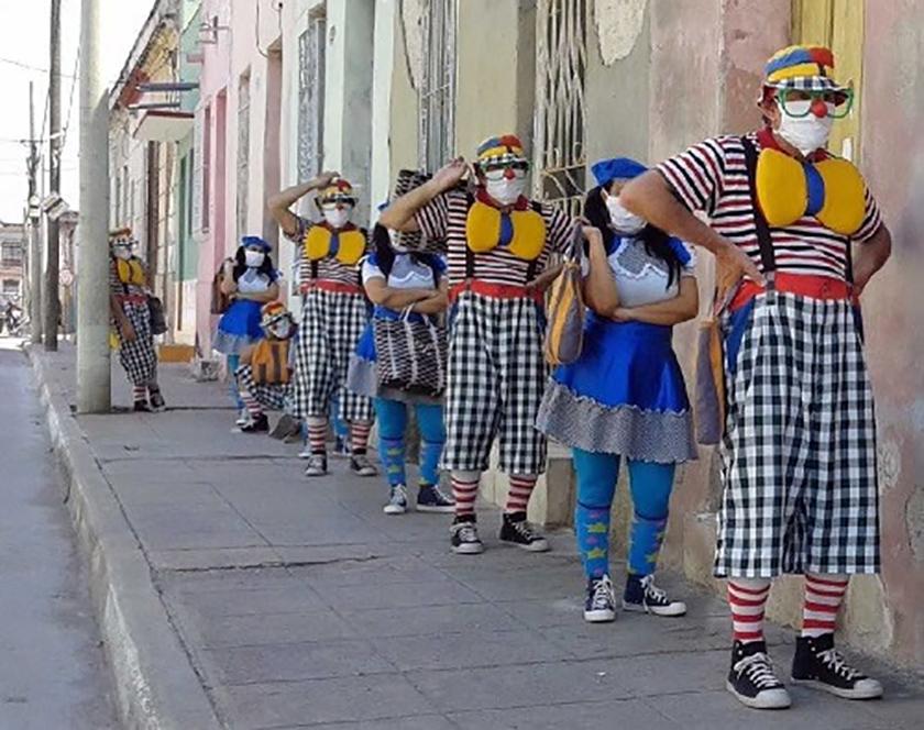 0-07-clown-1.jpg