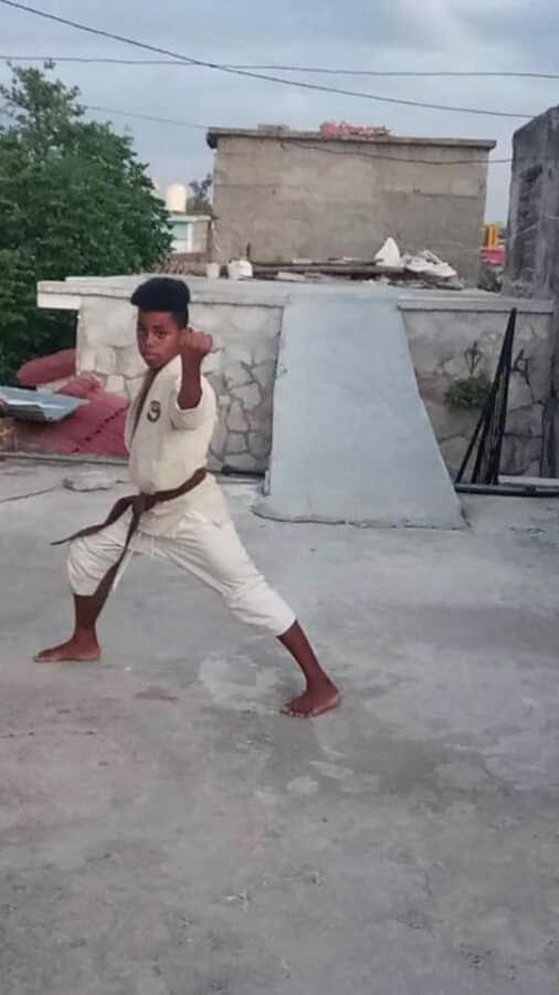 2906-karatecas-cubanos2.jpg