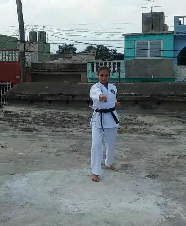 2906-karatecas-cubanos3.jpg