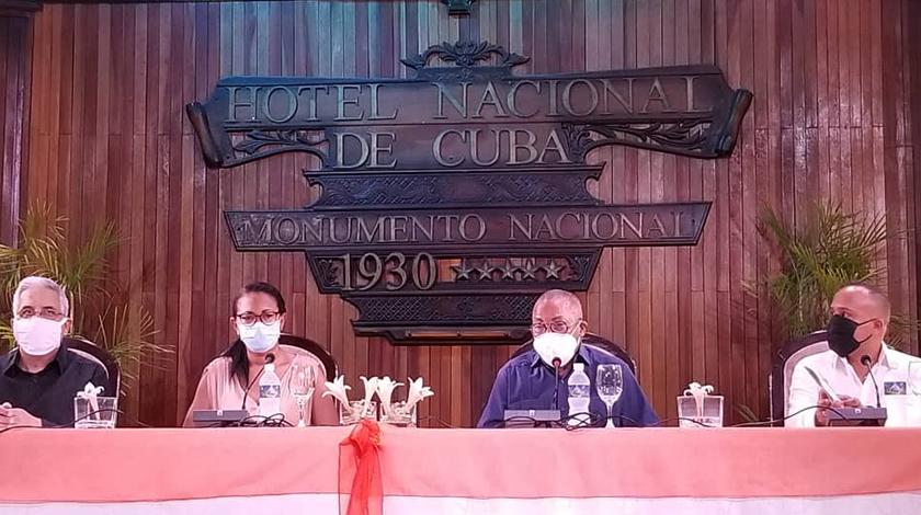 El programa de actividades de la jornada por el Día del Son Cubano, que se celebrará por primera vez luego de su institución, el 8 de mayo, fue presentado hoy por el maestro Adalberto Álvarez, de conjunto con un grupo de instituciones del Ministerio de Cultura.