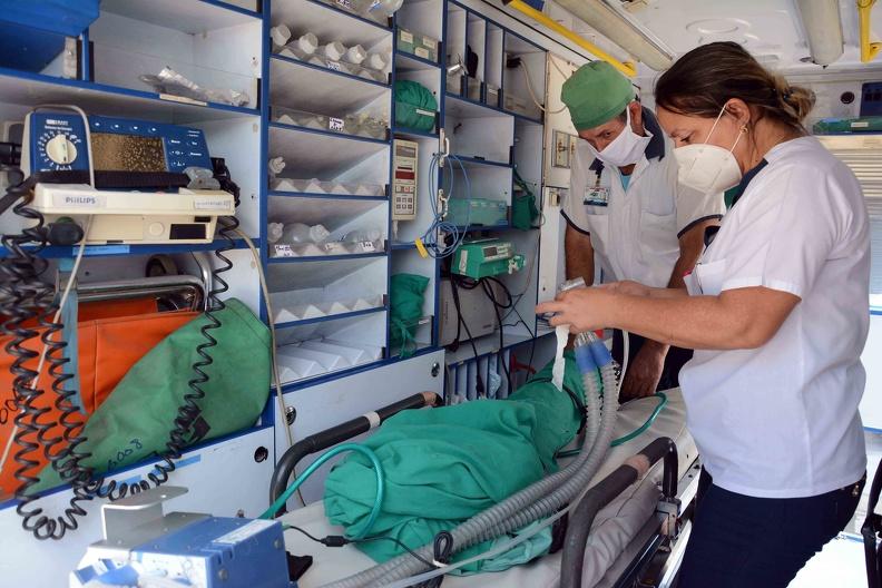 Bloqueo afecta electromedicina cubana