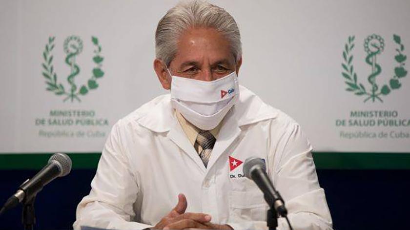 El director nacional de Epidemiología, doctor Francisco Durán García, resaltó hoy la reducción en los diagnósticos de COVID-19 en Cuba, aunque persiste la transmisión de la enfermedad.