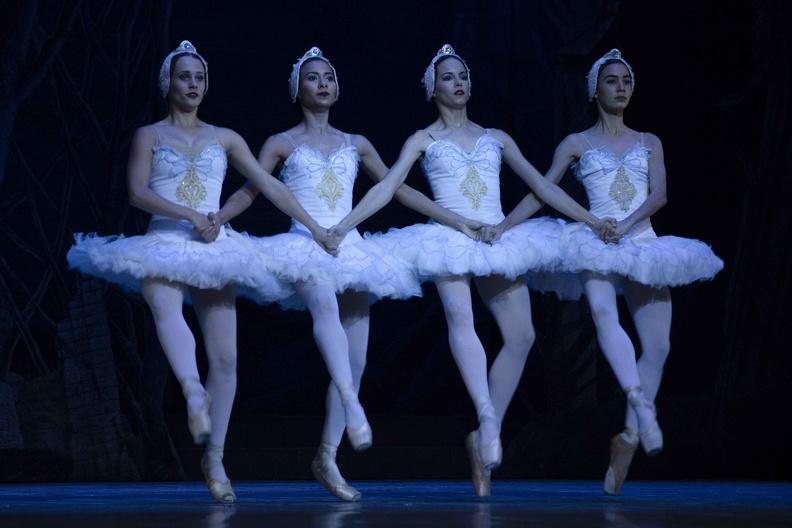 0101-ballet-gala3.jpg