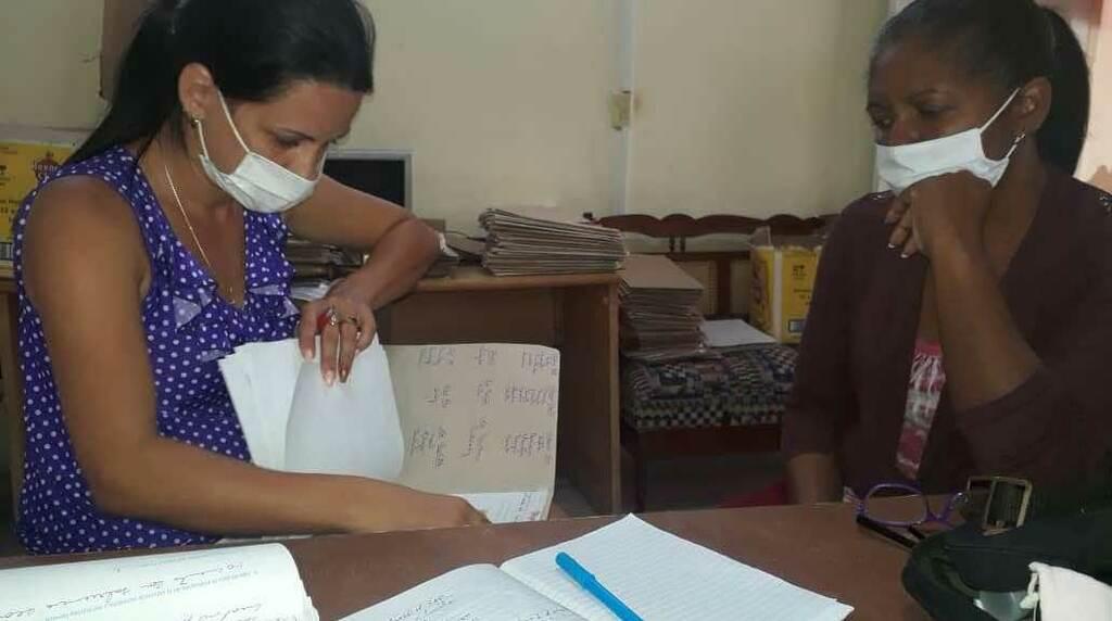 Monitorean diputados cubanos atención a personas y familias vulnerables