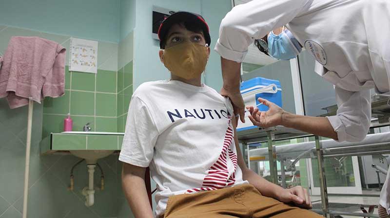 Concluyen primeros adolescentes esquema de vacunación de Soberana-Pediatría en Cuba