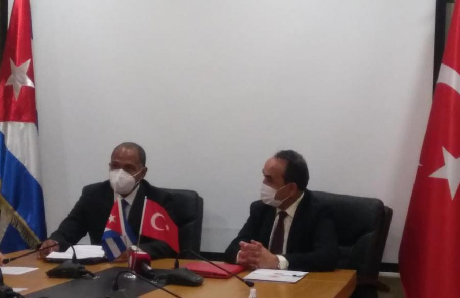 Cuba and Turkey sign government agreement for cooperation in agriculture and fisheries