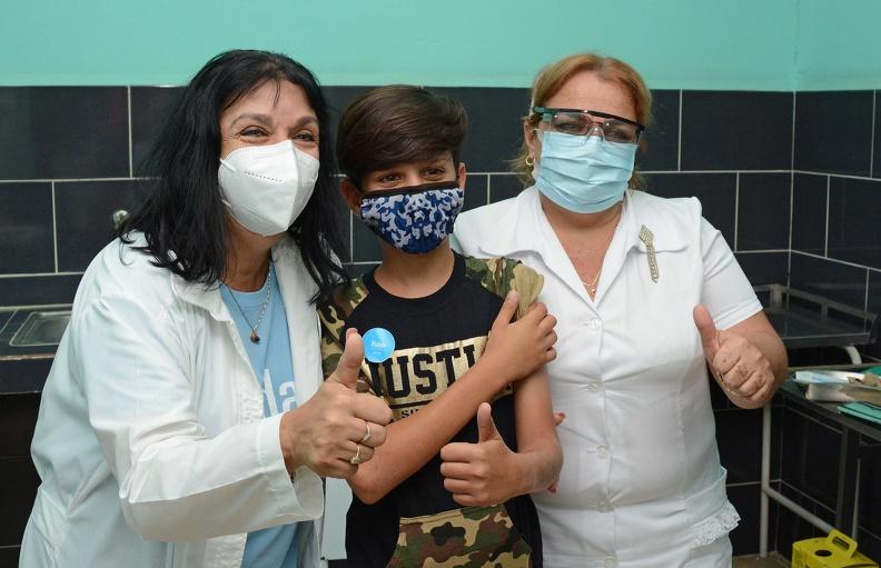 Reconocen esfuerzo de científicos en Cuba para inmunizar a población infantil