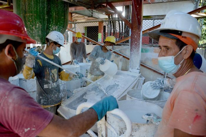 Aprueban en Cuba nueva convocatoria para creación de Mipymes y cooperativas no agropecuarias