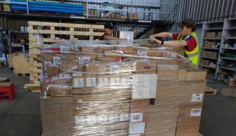 Envían desde Australia donativo de insumos médicos a Cuba