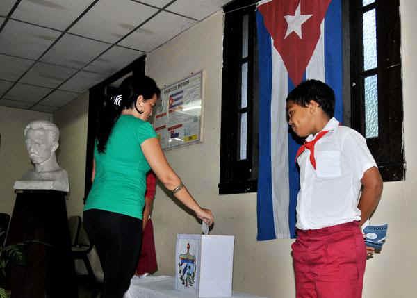 Disposición del Consejo de Estado de Cuba sobre próximas elecciones del 11 de marzo