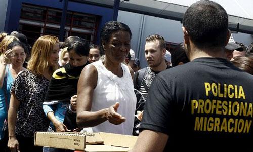 Cubanos en Costa Rica a la espera de una solución