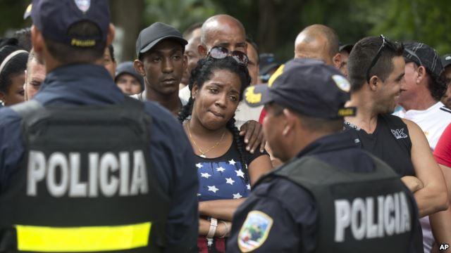 Continuarán trabajando para resolver situación de migrantes cubanos en Costa Rica
