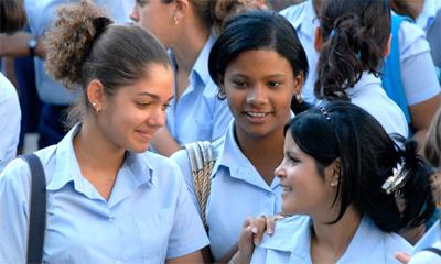 Mensaje de felicitación a los estudiantes cubanos