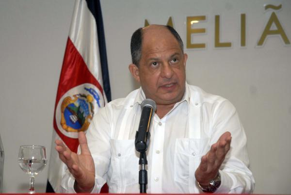 Recibió Raúl Castro en La Habana al presidente de Costa Rica