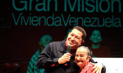 Tres años ya desde aquella tarde de marzo, cuando la noticia de la muerte del presidente Hugo Chávez removió los cerros de Caracas, sacudió llanos, dejó a todos con la sensación de que desaparecía un ser muy querido, un amigo, un hermano.