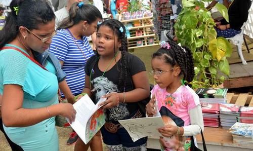 Concluye Feria Internacional del Libro, Cuba 2016
