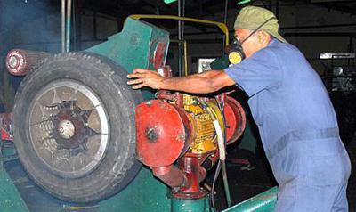 Empresa Recapadora camagüeyana ahorra al país más de tres millones de dólares