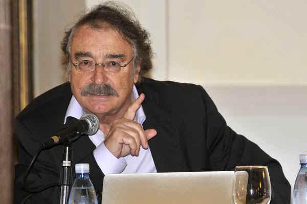 Spanish Journalist Ignacio Ramonet Received Felix Elmuza Medal